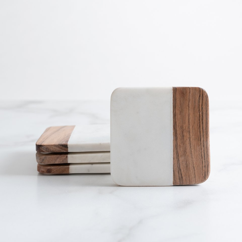 WHITE MARBLE AND ACACIA SQUARE COASTERS