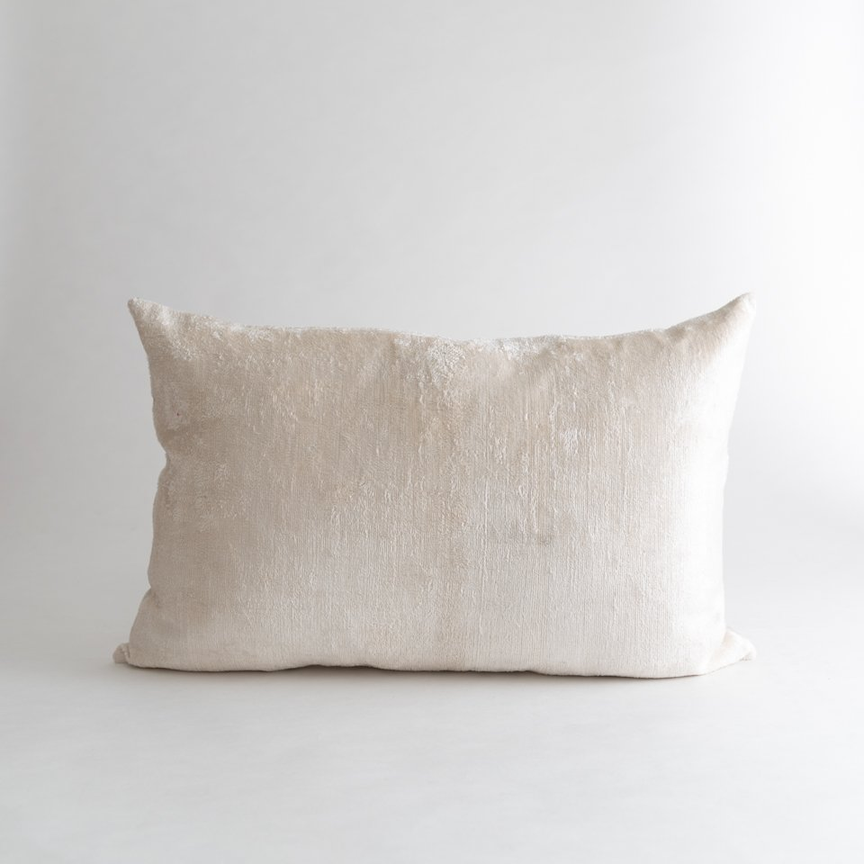 IVORY PEARL LUMBAR PILLOW